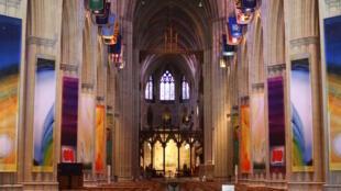 Vue de l'intérieur de la cathédrale nationale de Washington.
