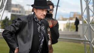 """Джонни Халлидей 6 октября 2008 г.на открытии концертного зала """"Зенит"""" в Сент-Этьенне."""