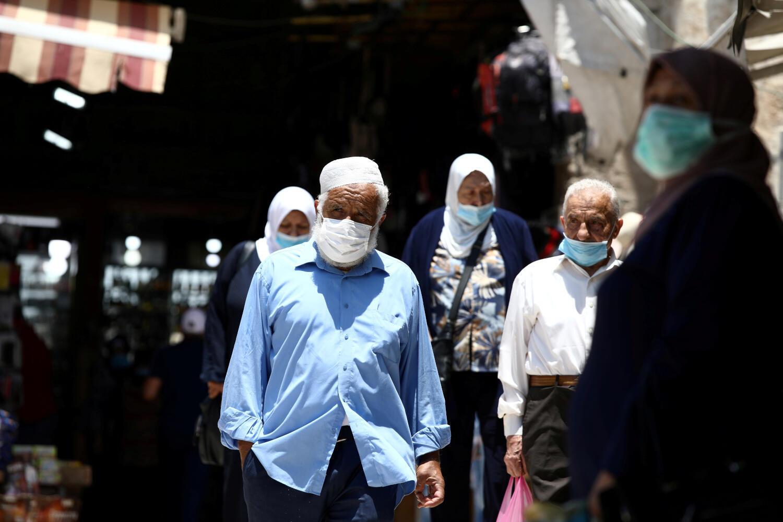 En Israel, 40 localidades, ciudades y barrios en todo el país, considerados ¨rojos¨ en su grado de infección, permanecerán clausurados desde las siete de la tarde hasta las cinco de la mañana siguiente.