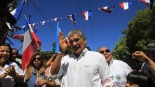 Norman Quijano, el candidato por el partido opositor ARENA.