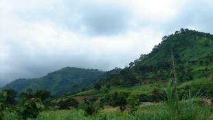 Des collines près de Kpalimé au Togo.