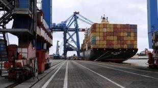 Des milliers de tonnes de caoutchouc restent à quai dans les ports d'Abidjan et San Pedro (photo d'illustration).