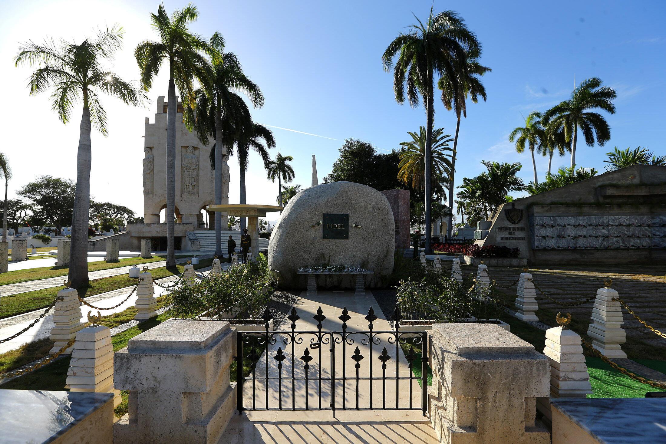 La dernière demeure de Fidel Castro. Cimetière Sainte-Iphigénie de Santiago de Cuba, le 4 décembre 2016.