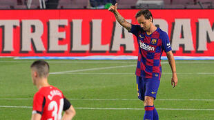 Ivan Rakitic scored the winner as Barcelona beat Athletic Bilbao on Tuesday.