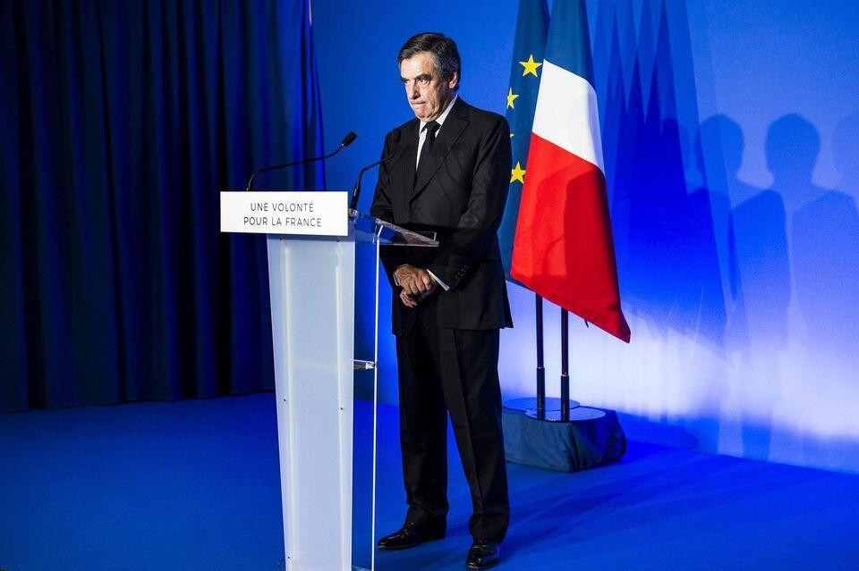 """کنفرانس خبری """"فرانسوا فیون"""" در محل ستاد انتخاباتیاش. جمعه ٣١ مارس ٢٠۱٧"""