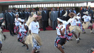 Wasanii wa muziki wa Jadi na Kwaya ya manispaa ya kenya mjini Nairobi.