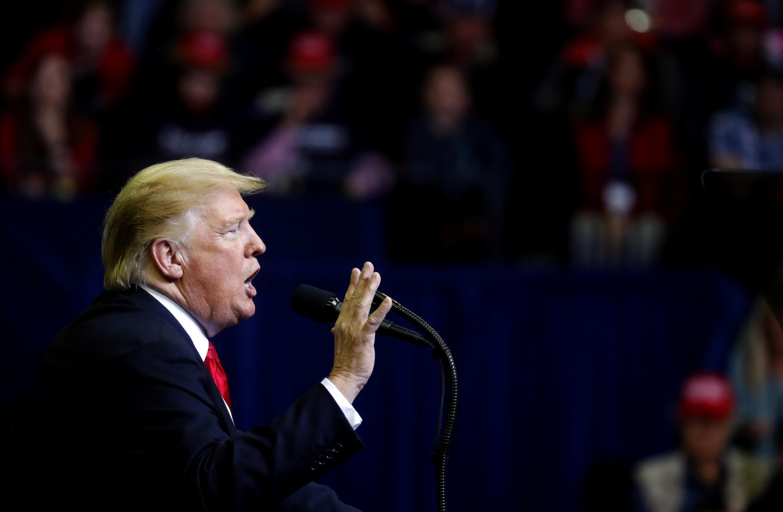Ảnh tổng thống Mỹ Donald Trump vận đông tranh cử cho thượng nghị sĩ Ted Cruz, tại Houston, Texas. Ảnh ngày 22/10/2018.