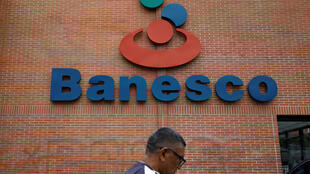Logo de Banesco en Caracas, el 3 de mayo de 2018.