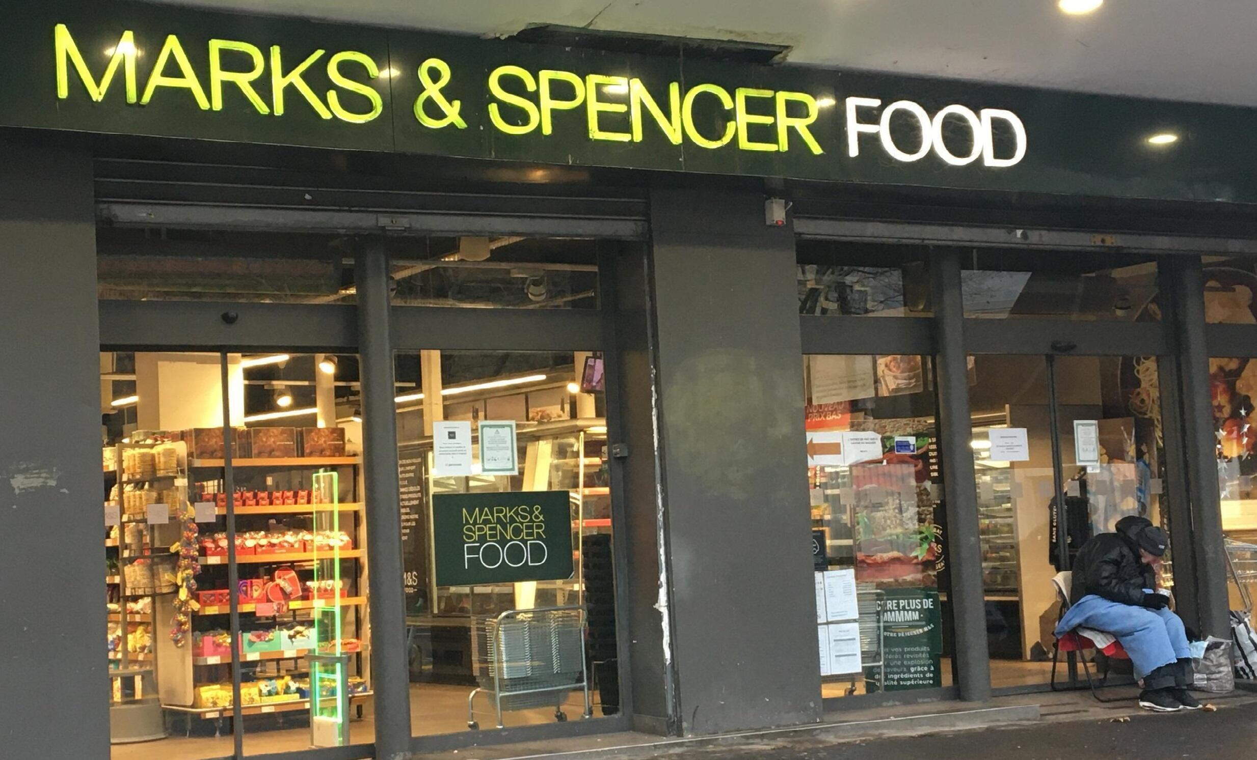 2021-01-20 france uk M&S Marks & Spencer brexit shop trade paris