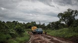 Katika mkoa wa Kivu Kusini, mashariki mwa nchi, uhasama kati ya makabila unaendelea kuripotiwa. Hapa ni katika Jimbo la Fizi.