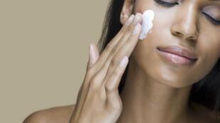 Quels sont les bons réflexes pour soigner son visage?
