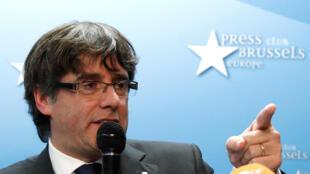 Puigdemont, em liberdade condicional na Bélgica.
