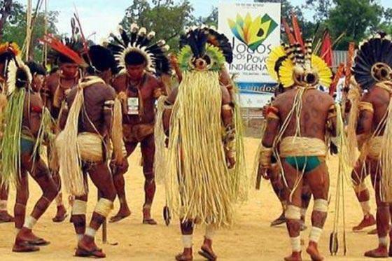 Les chamanes de Yurupari sont l'une des figures emblématiques des sociétés indigènes du Nord-Ouest amazonien.