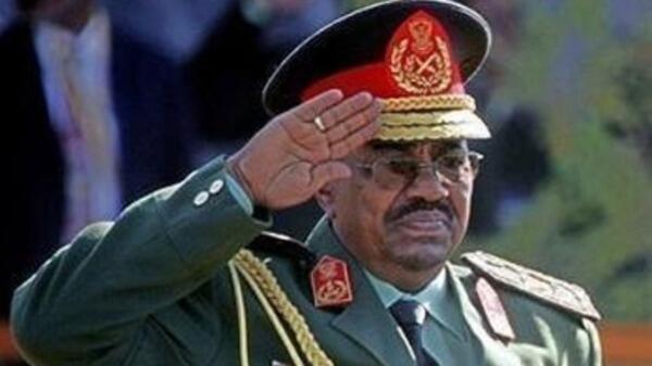 Rais wa Sudani Omar Hassan Al Bashir,anayetafutwa na Mahakama ya kimataifa ya uhalifu wa kivita, ICC