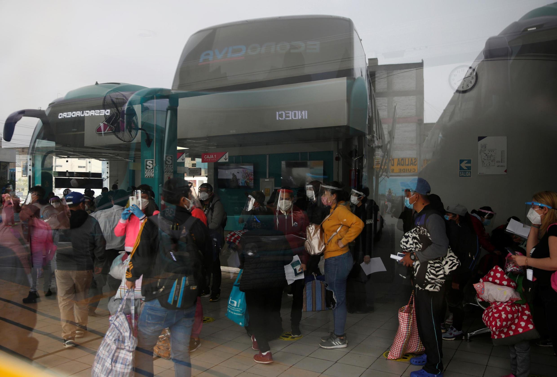 Pandémie de coronavirus, gare routière de Lima, le 15 juillet 2020.
