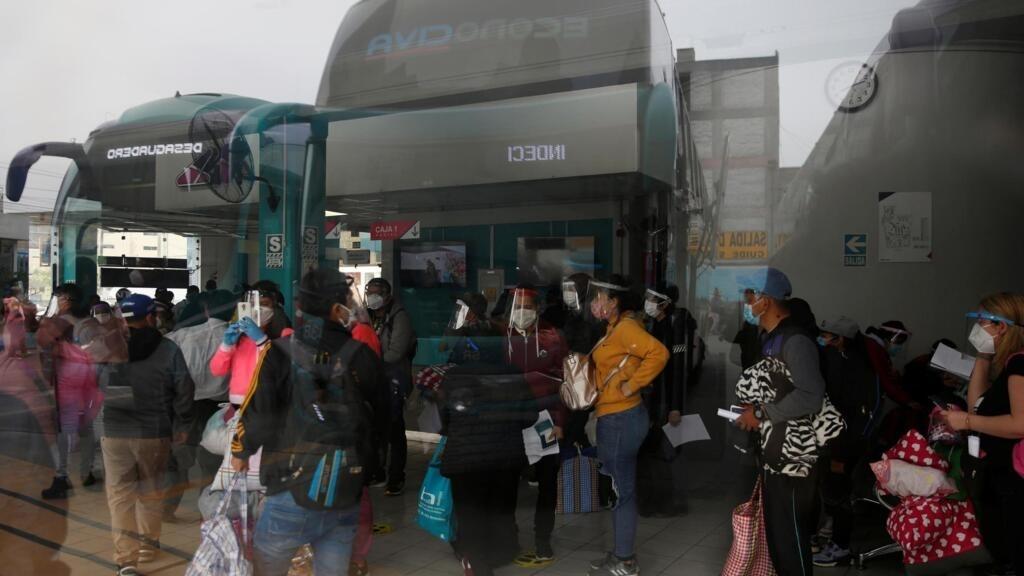 Coronavirus: au Pérou, les médecins vénézuéliens autorisés à exercer en renfort