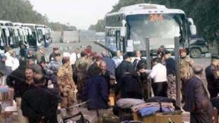 انتقال گروه ششم اعضای مجاهدین از کمپ اشرف  به کمپ آزادی
