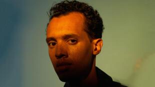 Le rappeur franco-rwandais Gaël Faye publie son 2e album studio «Lundi méchant».