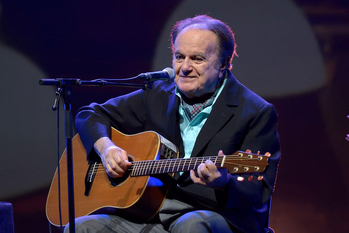 "Guy Béhart در ماه ژانویه ٢٠١۵ در سالن ""المپیا"" از علاقمندانش خداحافظی کرد."