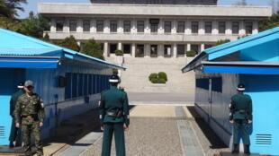 La zone démilitarisée (DMZ), côté sud-coréen. La DMZ, l'un des derniers vestiges de la Guerre froide, sépare la Corée du Nord de la Corée du Sud.