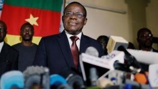 Maurice Kamto jagoran 'yan dawa a Kamaru na jam'iyyar MRC yayin taron manema labarai a birnin Yaounde.