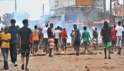 Révolte de jeunes dans les rues de Conakry, le 21 novembre 2017.