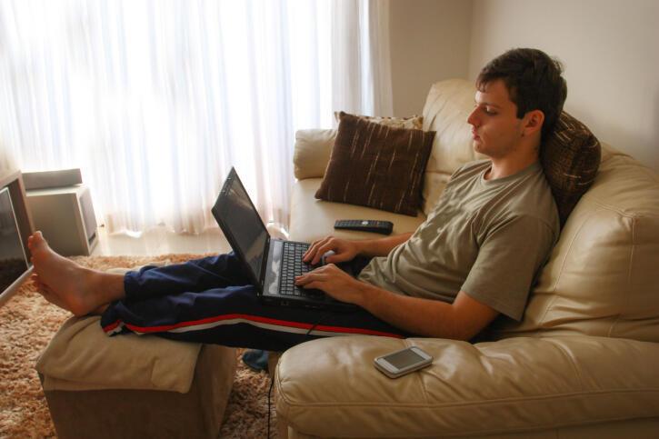 Cada vez mais profissões não necessitam da presença física e os trabalhadores podem realizar as atividades à distância