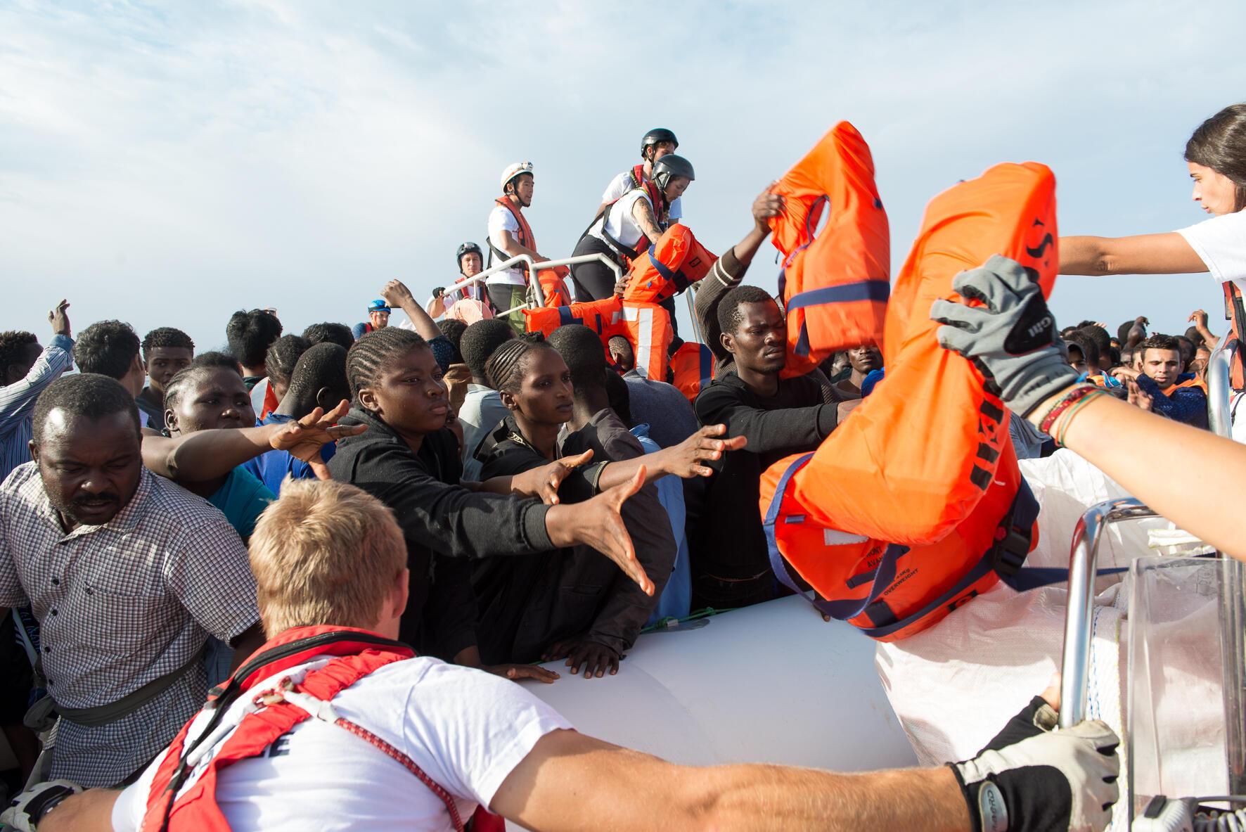167 personnes secourues par l'Aquarius dimanche 2 octobre.