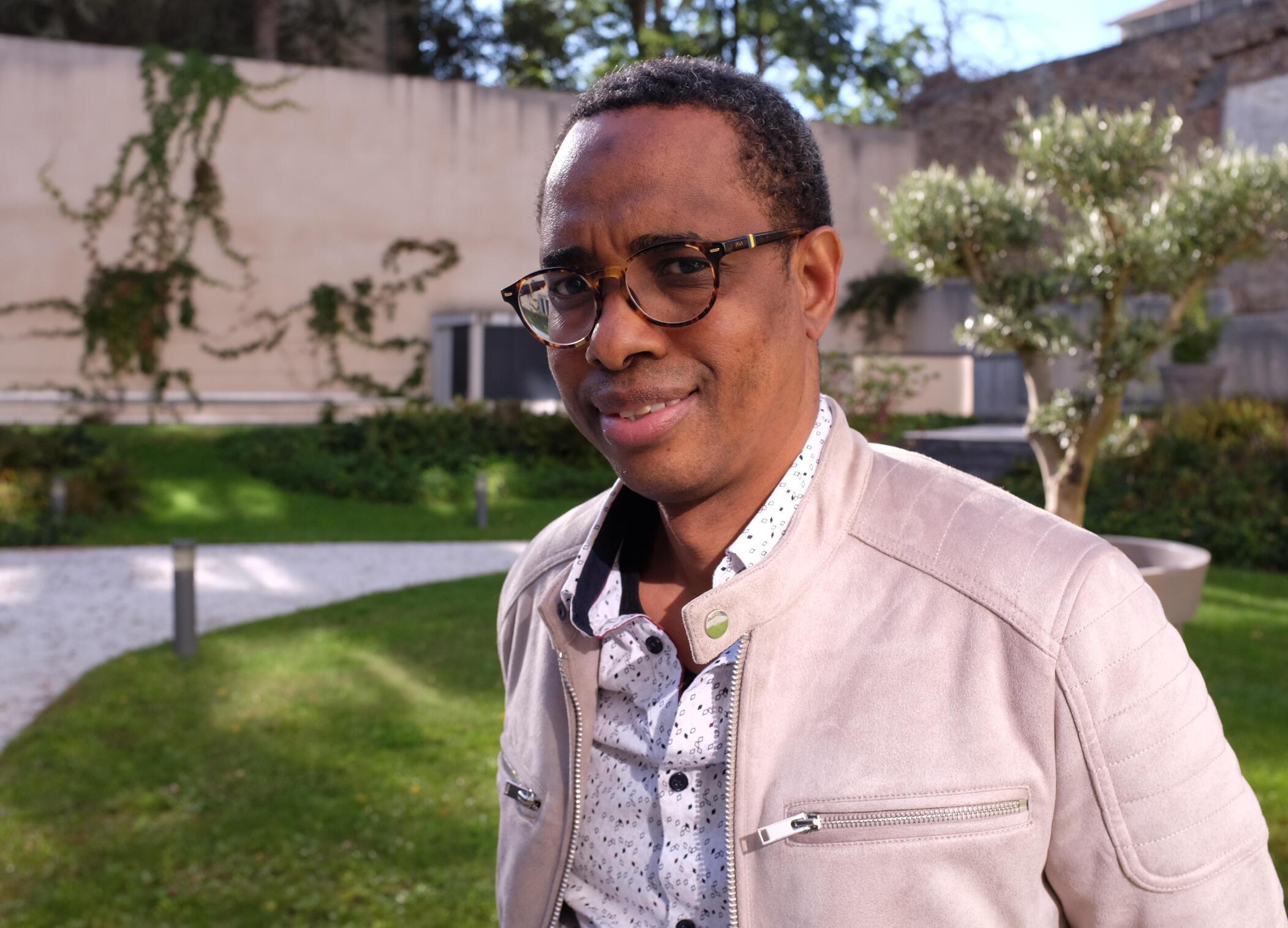 L'auteur et metteur en scène guinéen Souleymane Bah, lauréat du prix RFI-Théâtre 2020 pour «La Cargaison».