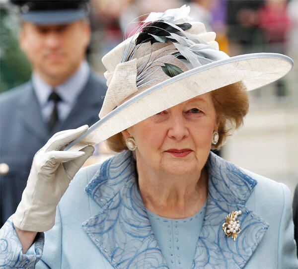 A ex-premiê britânica  Margaret Thatcher, em Westminster Abbey em Londres.