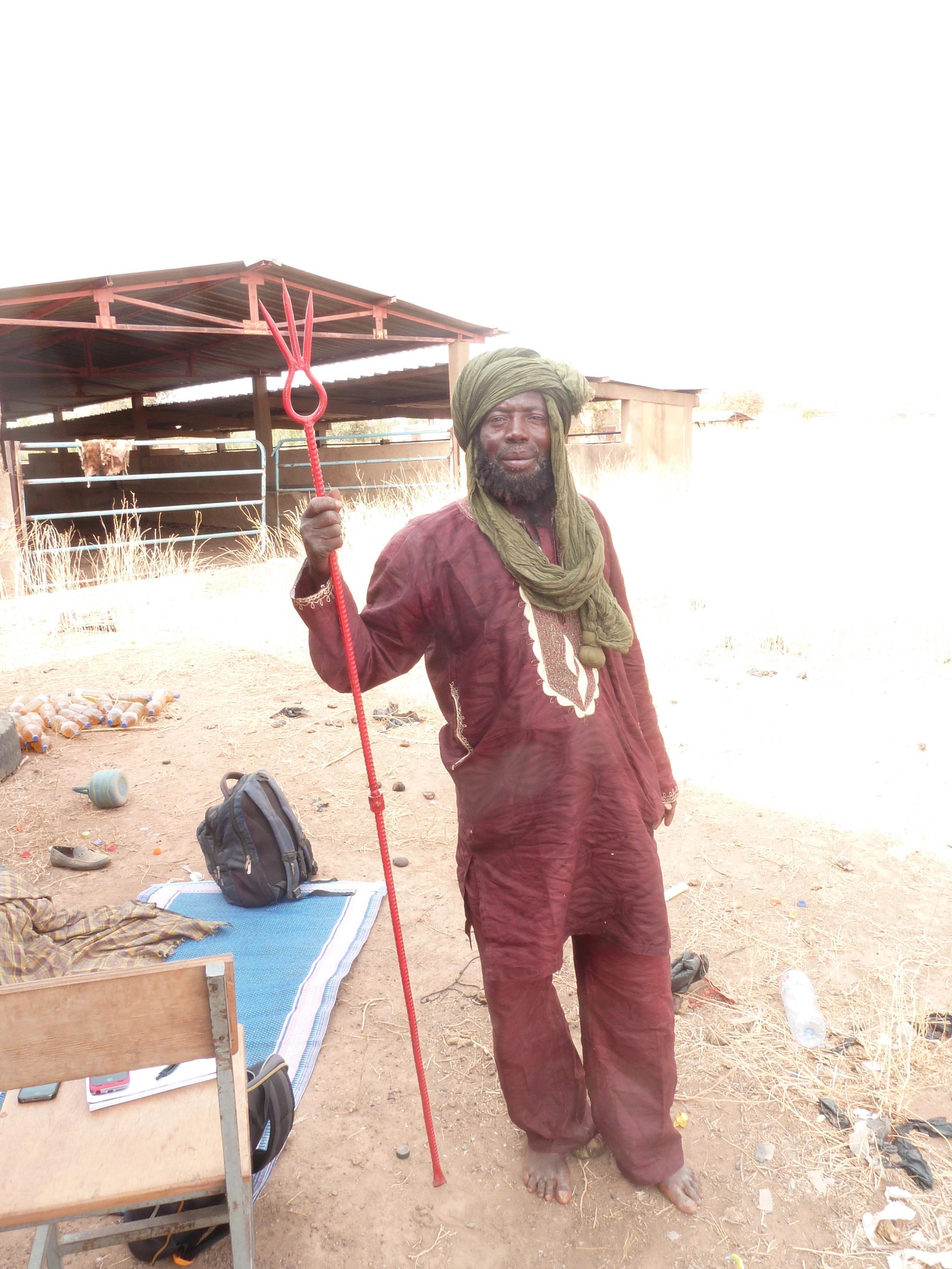 Un milicien Koglweogo à Ouagadougou.
