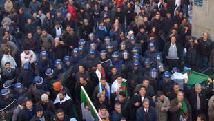 Une manifestation des gardes communaux algériens, qui réclament des conditions de vie dignes.