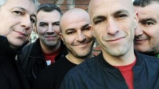 Los integrantes del grupo francés Zebda.