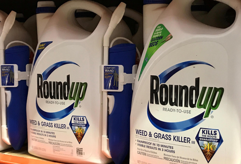 Chất diệt cỏ Roundup của tập đoàn Monsanto, được bày bán tại Encinitas, California, Hoa Kỳ, ngày 26/06/2017