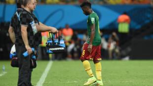 Le Camerounais Alexandre Song exclu face à la Croatie lors de la Coupe du monde 2014.