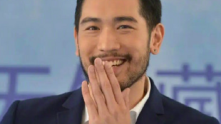 台湾演员高以翔2019年11月27日在中国录制《追我吧》挑战极限体能节目不幸猝逝