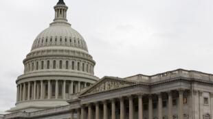 Ces sanctions, parmi les plus fermes prises contre Moscou, ont été prises sous la pression du Congrès.