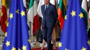 """روز جمعه ١٩ اکتبر/٢٧ مهر، میشل بارنیه که به نمایندگی از اتحادیۀ اروپا مذاکرات با لندن را رهبری میکند گفت: """"من معتقدم که خروج بریتانیا باید بر اساس یک توافق دوجانبه صورت گیرد."""