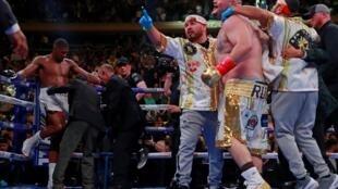 Andy Ruiz Jr celebrates after defeating Anthony Joshua for the WBA Super, IBF, WBO & IBO World Heavyweight Titles, Madison Square Garden, New York, United States, 1 June 2019.