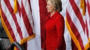 Bà Clinton, ứng cử viên được New York Times bình chọn.
