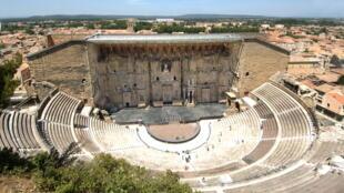 """Le théâtre antique d'Orange où sera présenté """"Ballet for Life"""" dans le cadre des Chorégies d'Orange 2021."""
