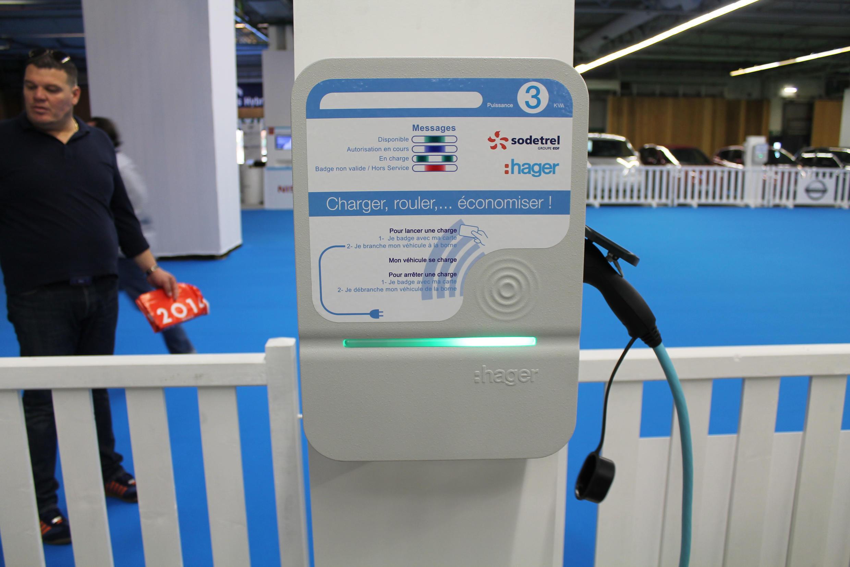 Les «wallbox» de ce type permettent de recharger une voiture en 4 heures.