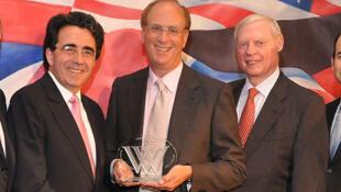 Laurence Fink (centre), le président de BlackRock lors des Wilson Awards.