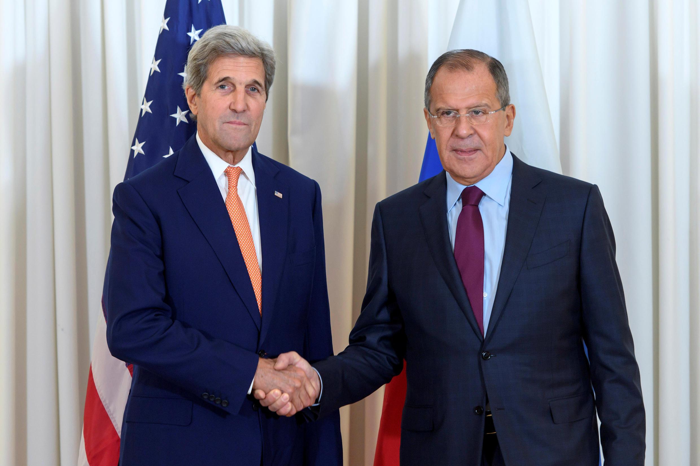 Джон Керри (слева) и Сергей Лавров на встрече в Женеве, 26 августа 2016.