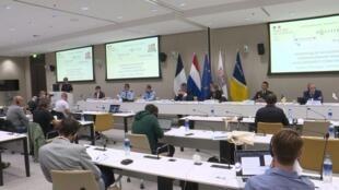 Пресс-конференция правоохранителей Франции и Нидерландов, представителей Европола и Евроюста 2 июля в Гааге. Взлом системы связи EncroChat дал властям беспрецедентный объем информации о транснациональной  преступности