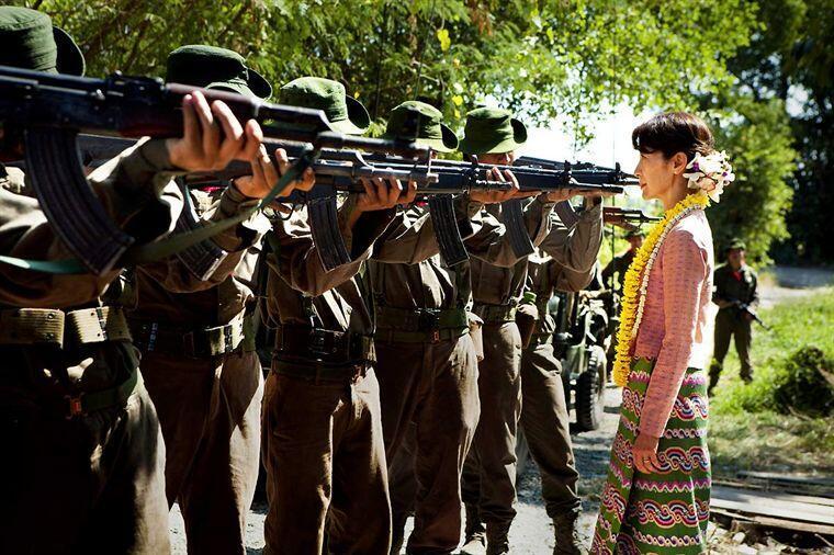 The Lady kể lại một phần cuộc đời của Aung San Suu Kyi (DR)