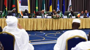 Vue générale à l'ouverture du second round de négociations inter-maliennes, le 1er septembre 2014.