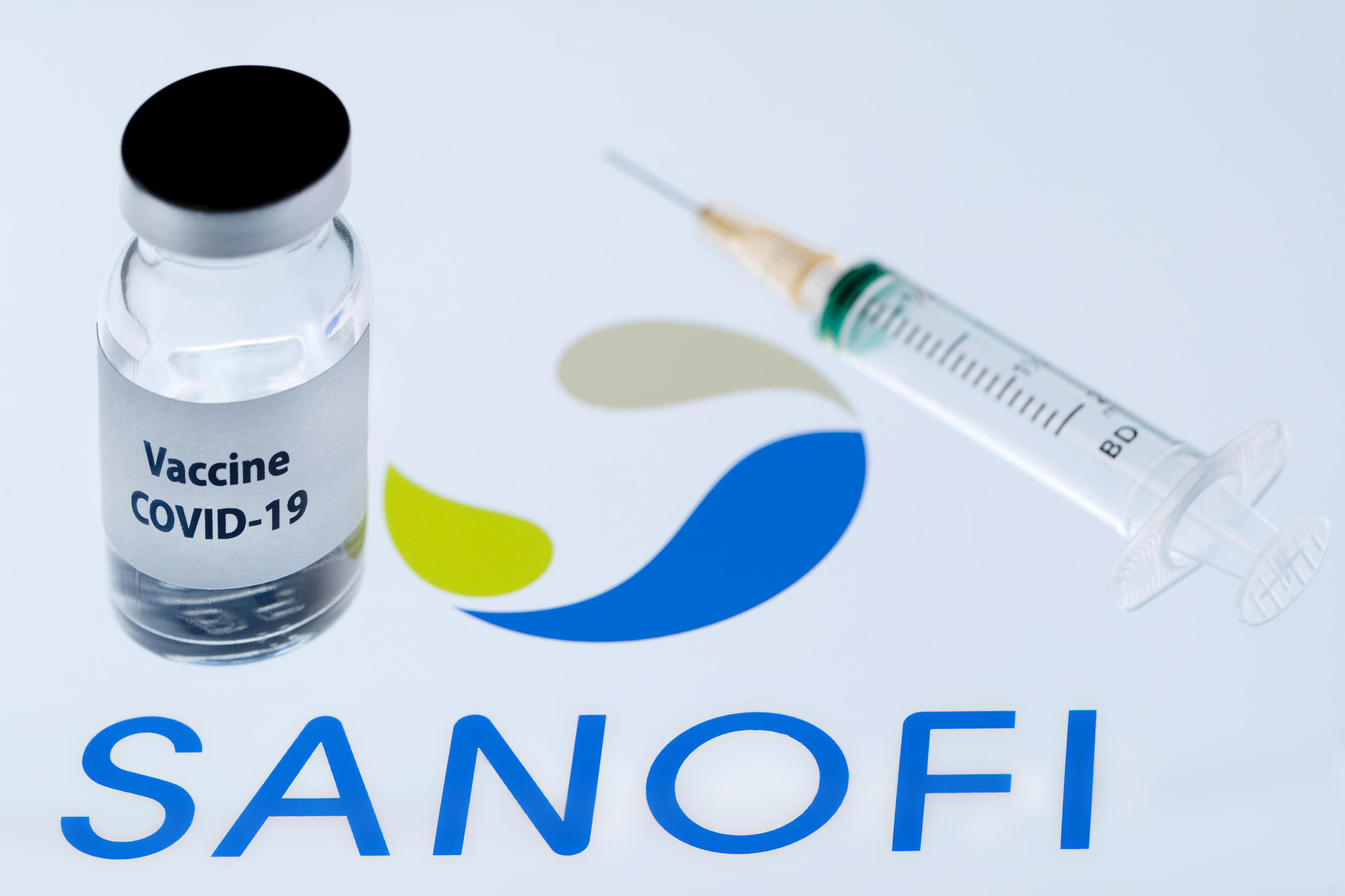 The vaccine candidate is based on technology that Sanofi has used to produce seasonal influenza vaccines and on immunological agents developed by GSK