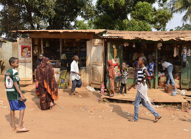 Le quartier PK5 à Bangui est décrit comme le poumon économique de la capitale, les impôts officiels n'étaient plus prélevés depuis des années.