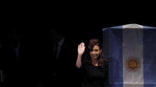 Cette décision est un camouflet pour la présidente Cristina Kirchner, directement accusée de vouloir manipuler la justice en soutenant cette réforme.